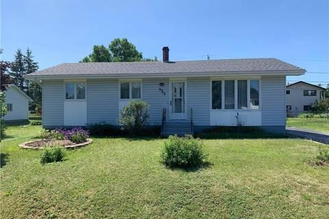 House for sale at 925 Broadview  Bathurst New Brunswick - MLS: NB023247