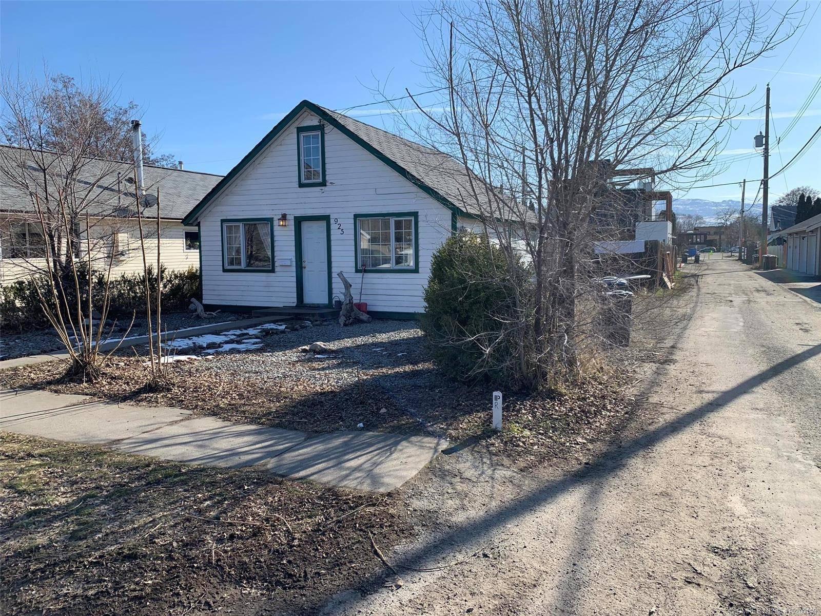 House for sale at 925 Coronation Ave Kelowna British Columbia - MLS: 10200109