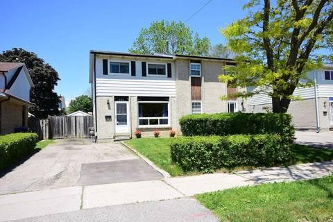 Townhouse for sale at 925 Stainton Dr Mississauga Ontario - MLS: W4492169