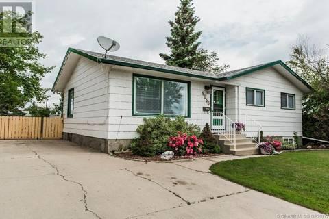 House for sale at 9256 99 Ave Grande Prairie Alberta - MLS: GP207775