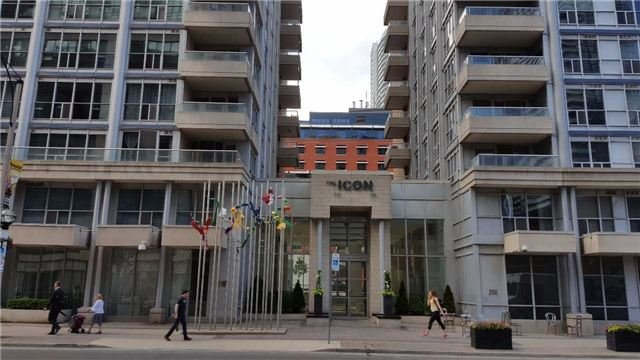 Removed: 926 - 250 Wellington Street, Toronto, ON - Removed on 2017-08-11 05:53:46