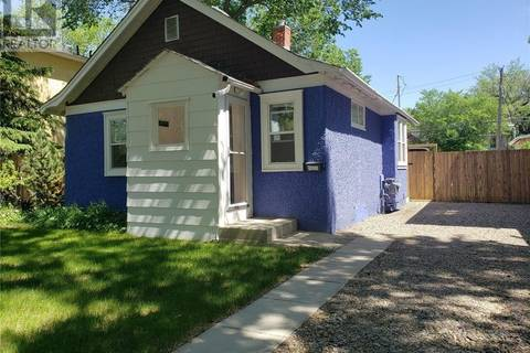 House for sale at 926 6th St N Saskatoon Saskatchewan - MLS: SK779236