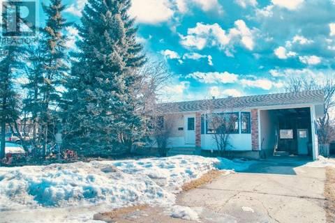 House for sale at 9265 112 Ave Grande Prairie Alberta - MLS: GP204257