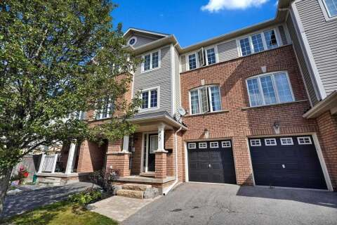 Townhouse for sale at 927 Bourne Cres Oshawa Ontario - MLS: E4931973