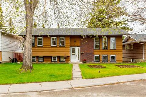 927 Lake Christina Way Southeast, Calgary | Image 1
