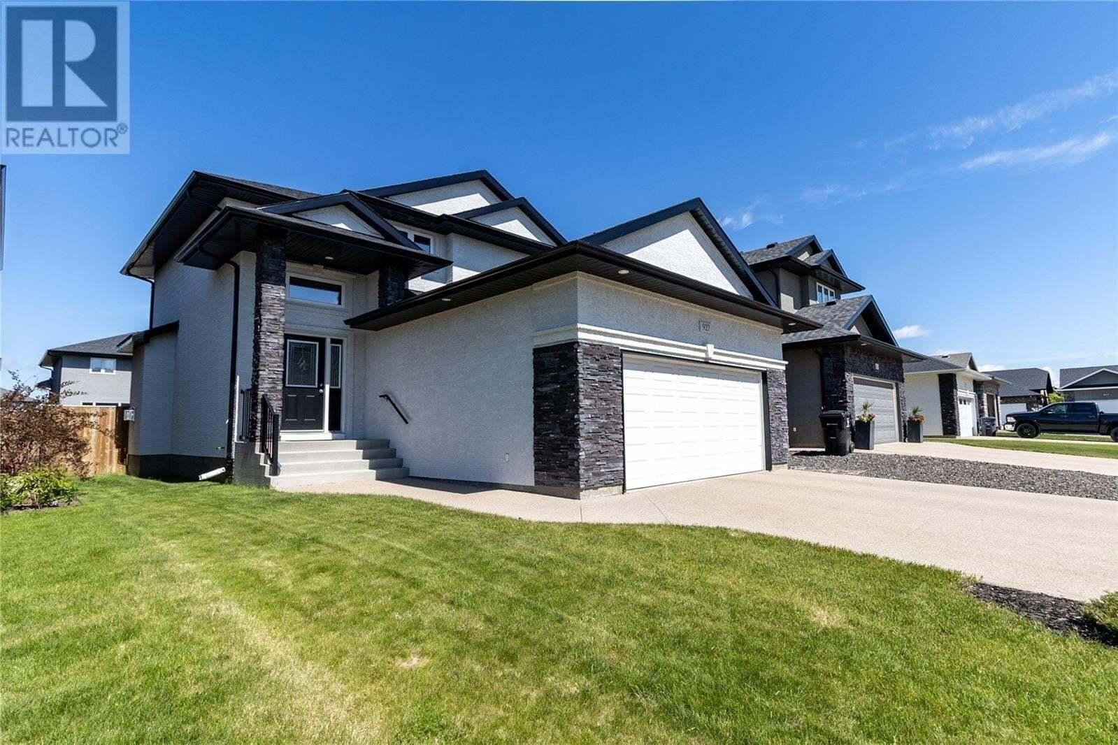 House for sale at 927 Rempel Ri Saskatoon Saskatchewan - MLS: SK812882