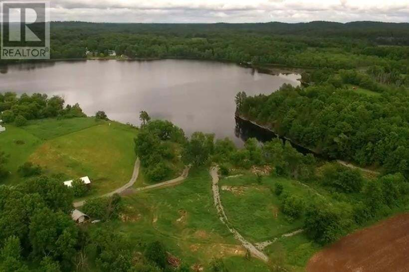 Residential property for sale at 928 Sheffield Rd Leeds And Thousand Islands Ontario - MLS: K20003026a