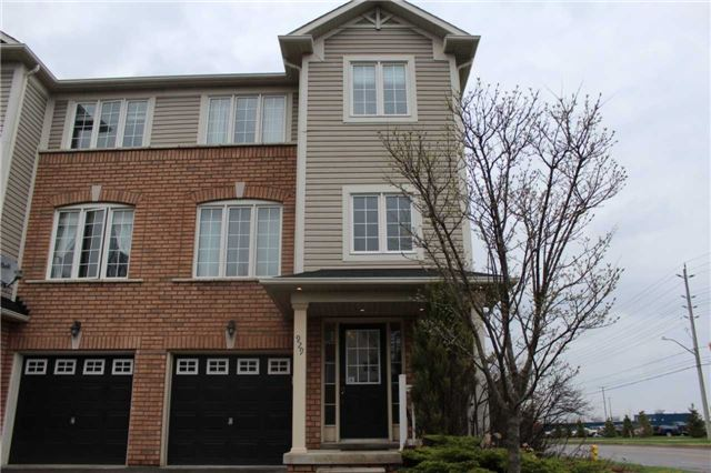Removed: 929 Bourne Crescent, Oshawa, ON - Removed on 2018-09-06 09:49:02