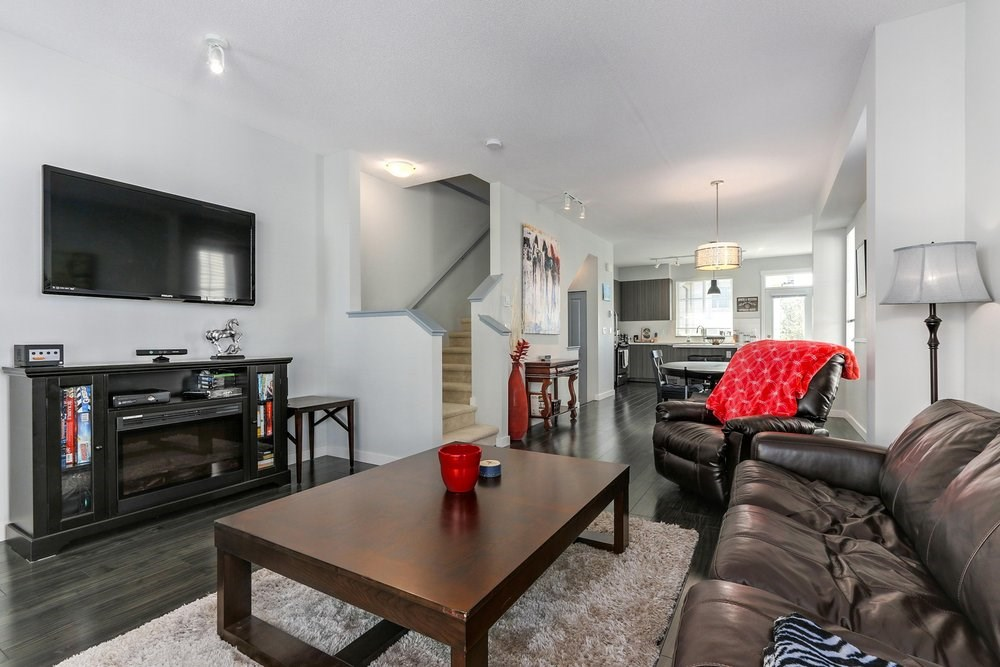 For Sale: 93 - 30989 Westridge Place, Abbotsford, BC | 2 Bed, 2 Bath Townhouse for $515,000. See 20 photos!