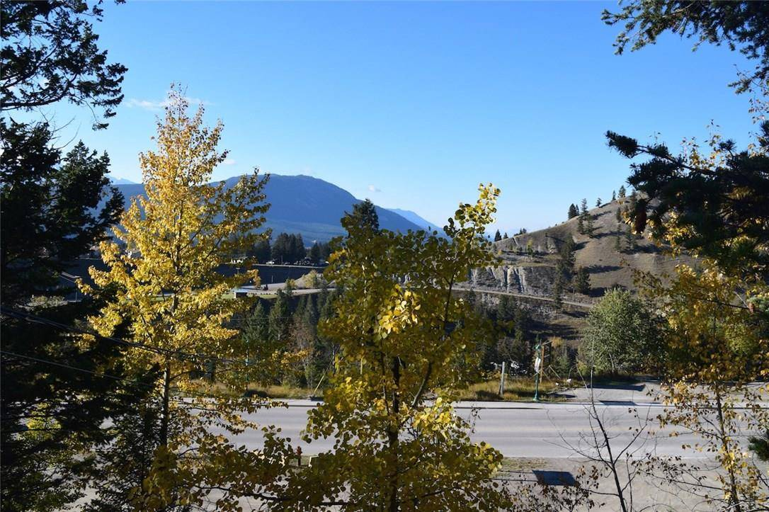Residential property for sale at 4979 Highway 93 Hy Unit 93 Radium Hot Springs British Columbia - MLS: 2433066