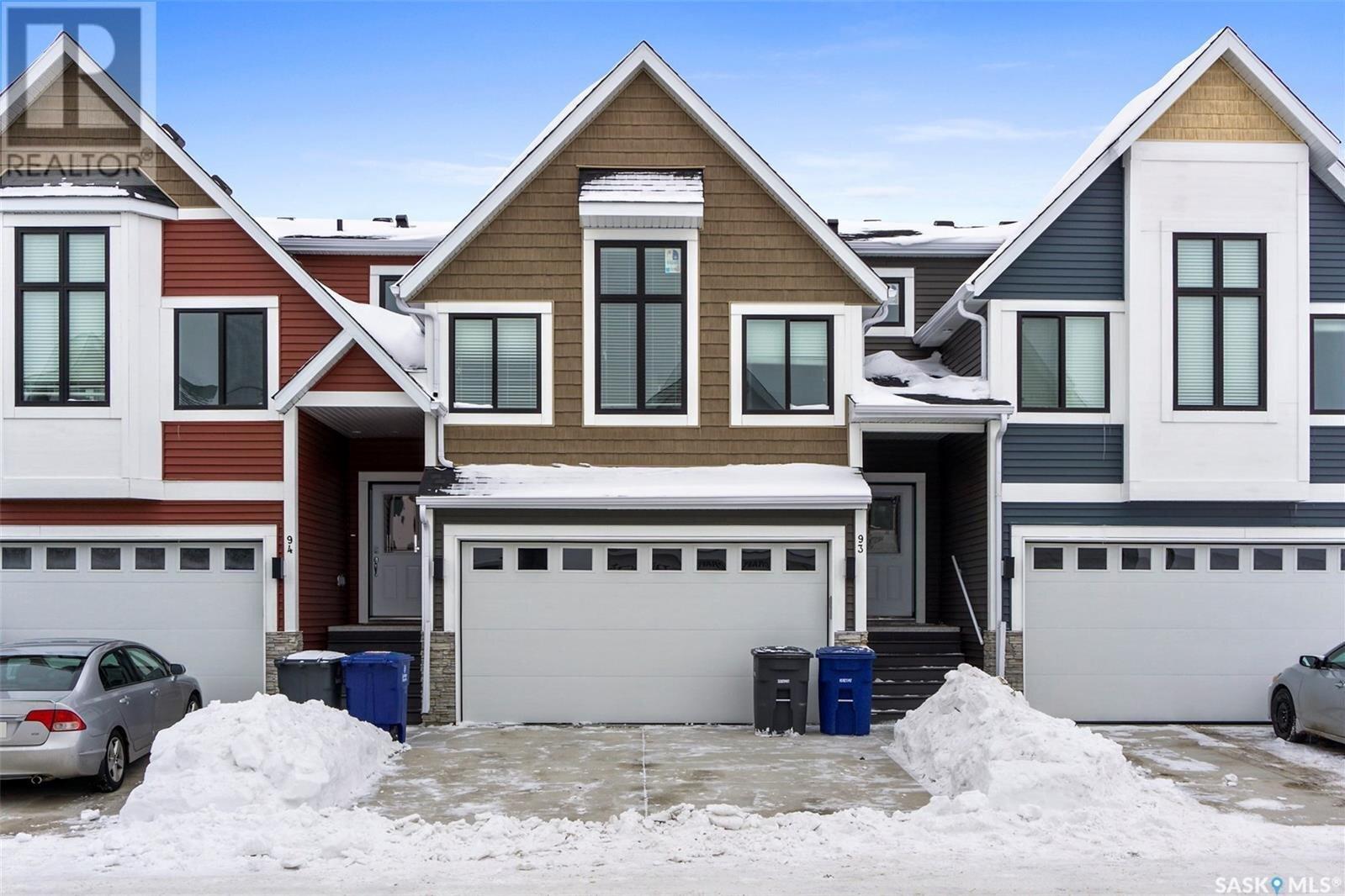 Townhouse for sale at 900 St Andrews Ln Unit 93 Warman Saskatchewan - MLS: SK830870