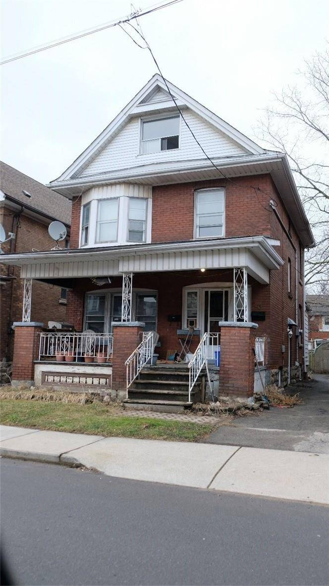 Townhouse for sale at 93 Carrick Ave Hamilton Ontario - MLS: H4075400