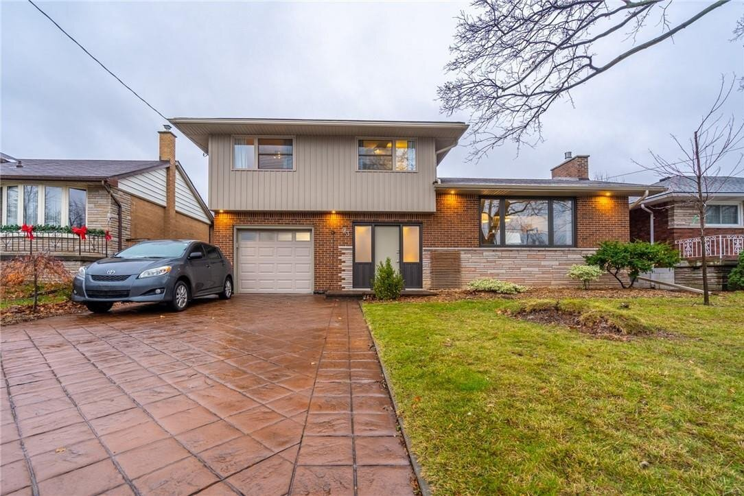 House for sale at 93 East 45th St Hamilton Ontario - MLS: H4093808
