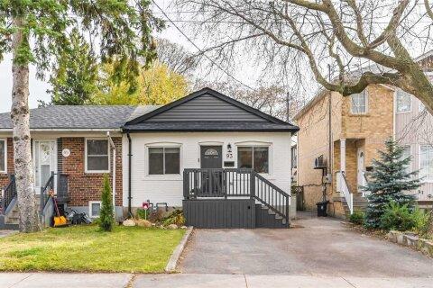 Townhouse for sale at 93 Prairie Dr Toronto Ontario - MLS: E4993680
