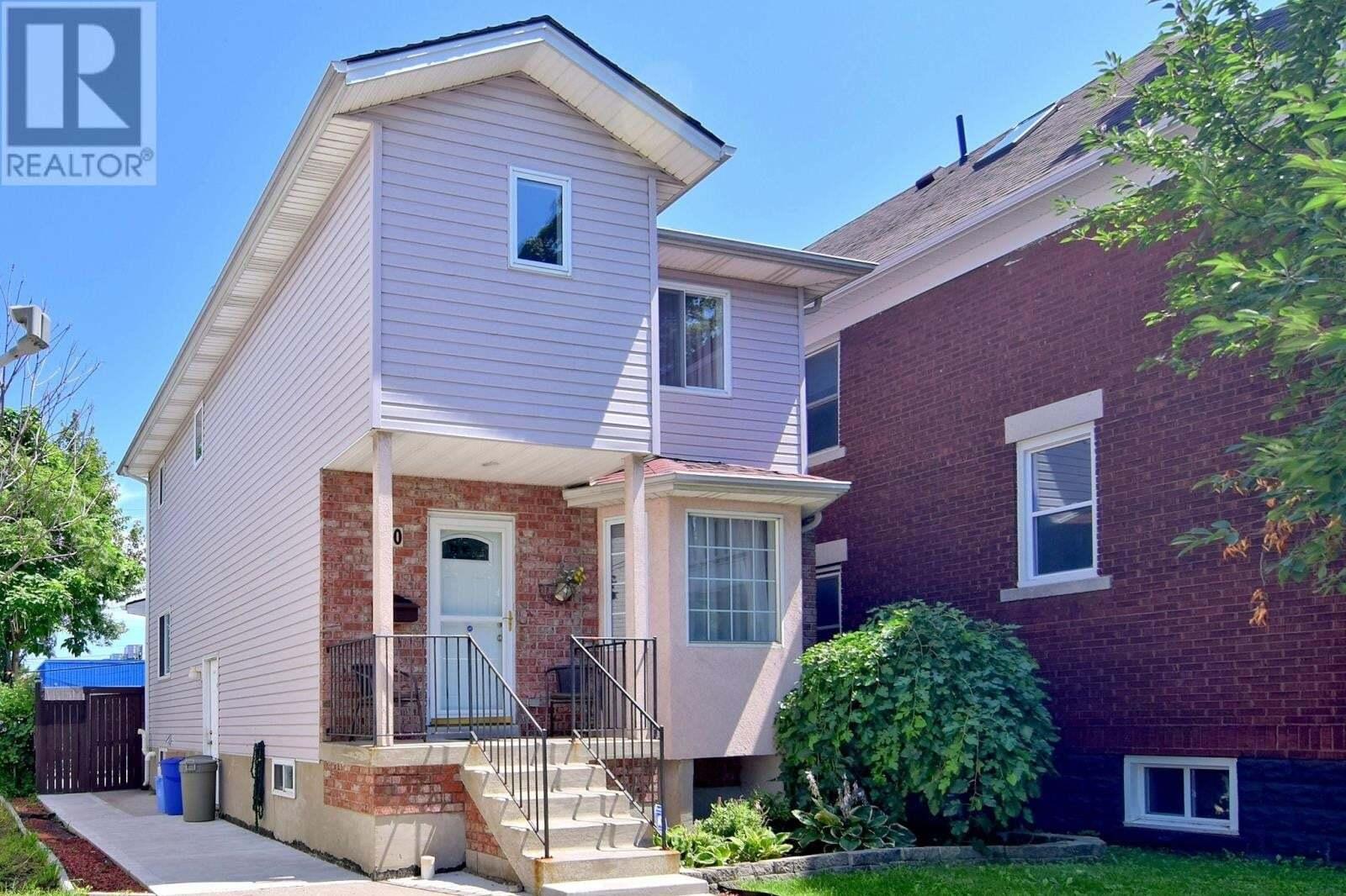 House for sale at 930 Windsor  Windsor Ontario - MLS: 20009917