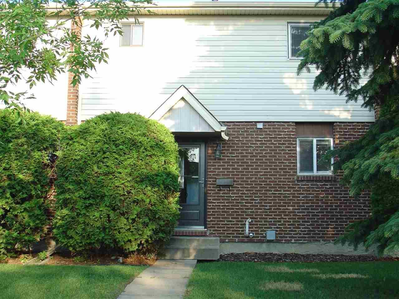 Townhouse for sale at 9303 Morinville Dr Morinville Alberta - MLS: E4175402