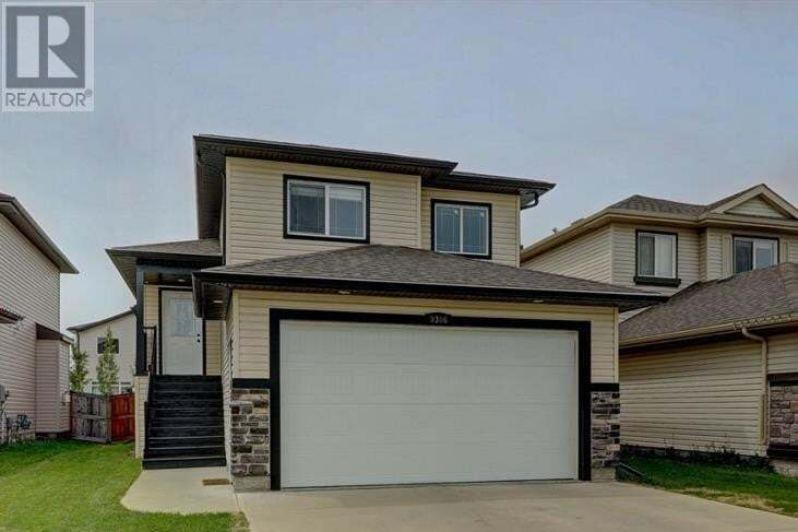 House for sale at 9306 Willow Dr Grande Prairie Alberta - MLS: A1002569