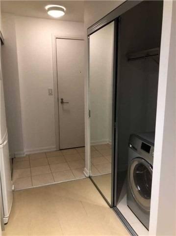 Apartment for rent at 111 Elizabeth St Unit 932 Toronto Ontario - MLS: C4457243