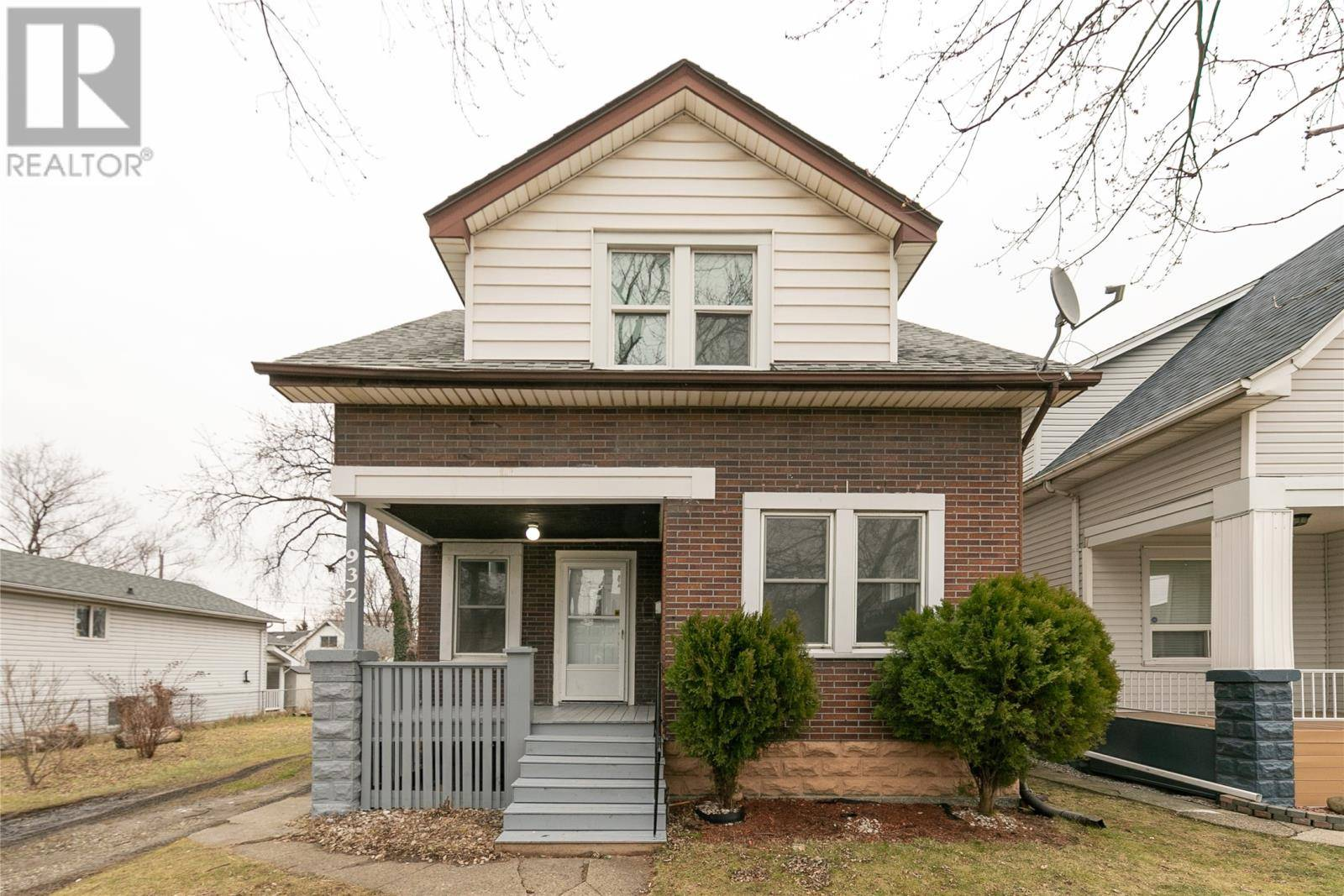 House for sale at 932 Elm  Windsor Ontario - MLS: 20000686