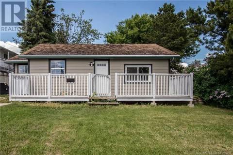 House for sale at 9322 106 Ave Grande Prairie Alberta - MLS: GP206207
