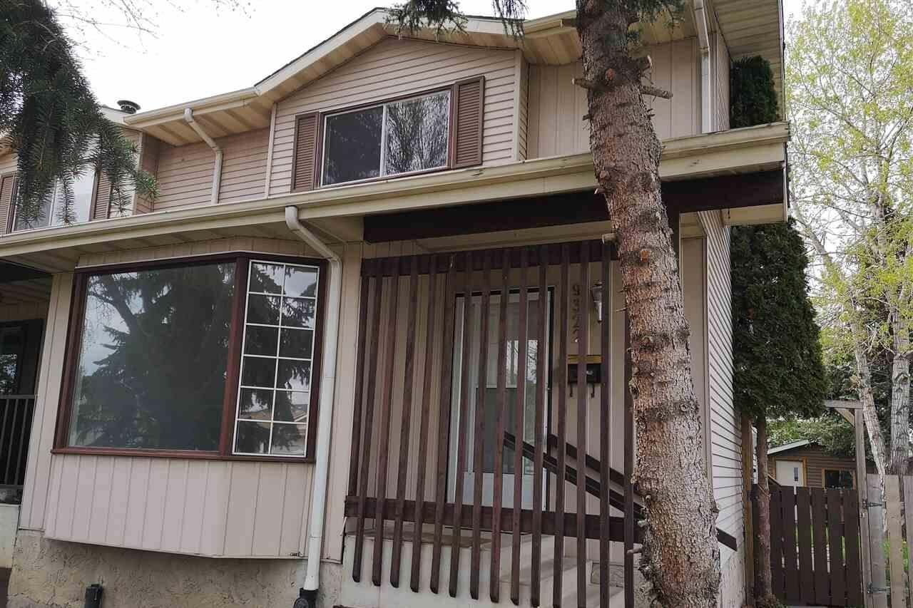Townhouse for sale at 9322 172 St NW Edmonton Alberta - MLS: E4197811