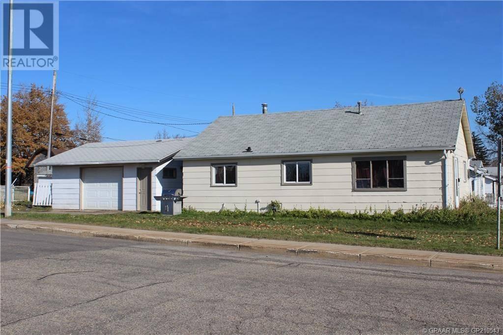 House for sale at 9324 105 Ave Grande Prairie Alberta - MLS: GP210543