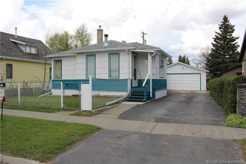 House for sale at 933 Elm St Pincher Creek Alberta - MLS: LD0164203