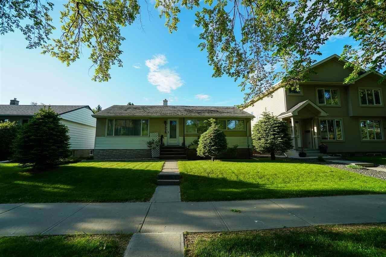 House for sale at 9330 71 Av NW Edmonton Alberta - MLS: E4201249