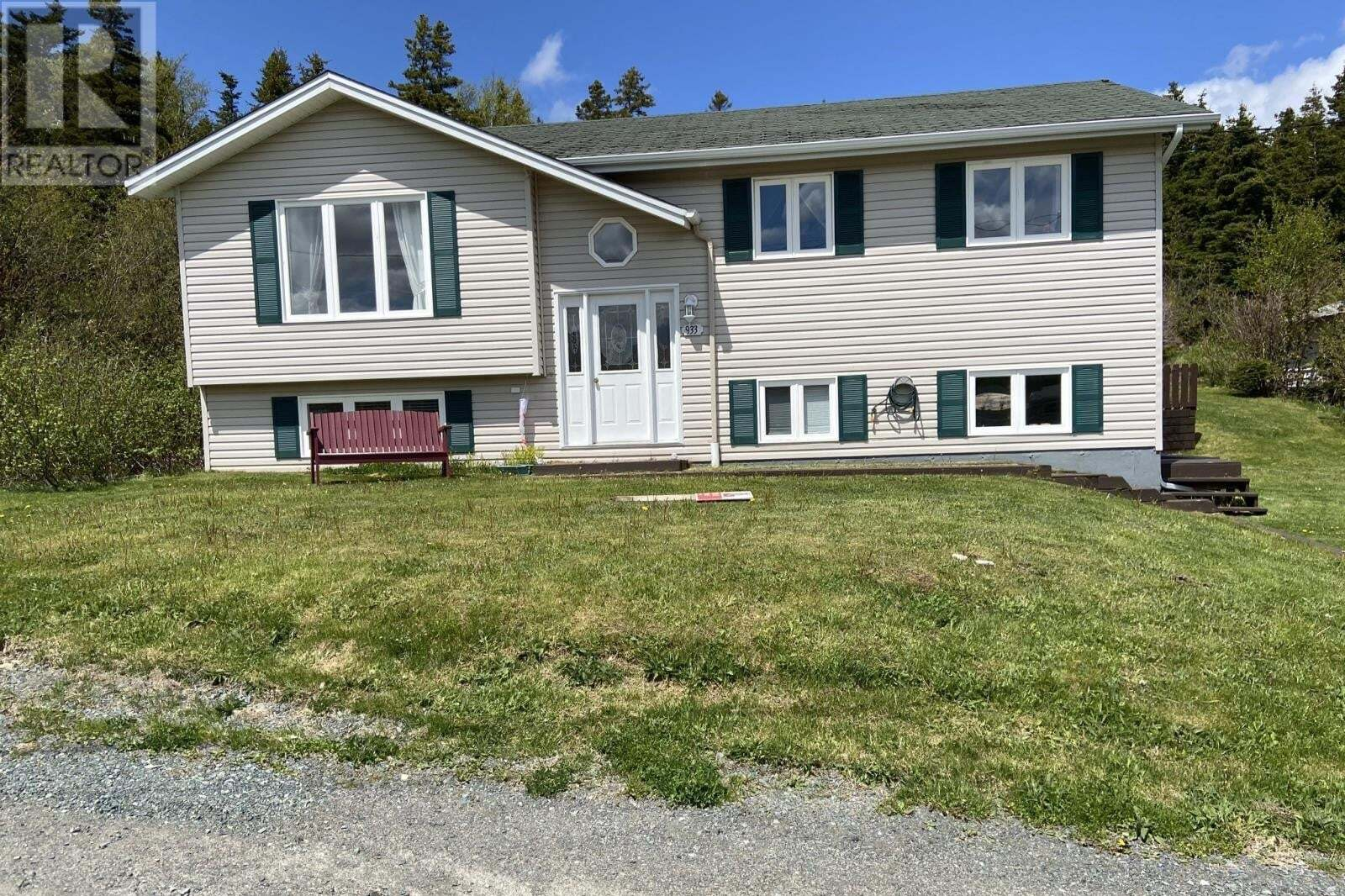 House for sale at 933 Pouch Cove Line Pouch Cove Newfoundland - MLS: 1211185