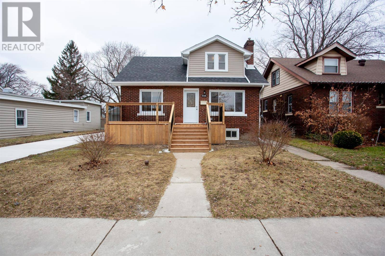 House for sale at 934 Glidden Ave Windsor Ontario - MLS: 20000711