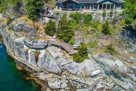 House for sale at 9343 Jorgensen Dr Halfmoon Bay British Columbia - MLS: R2441838
