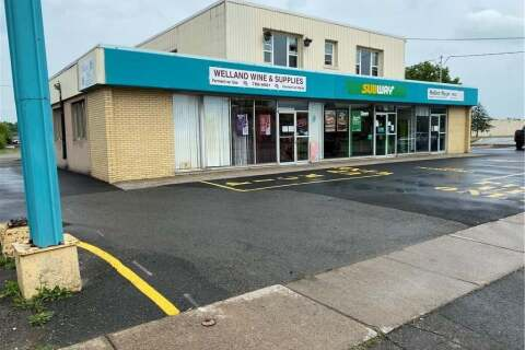 Home for sale at 936 East Main St Welland Ontario - MLS: 30815393