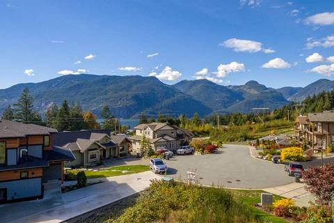 Residential property for sale at 936 Thistle Pl Squamish British Columbia - MLS: R2374512