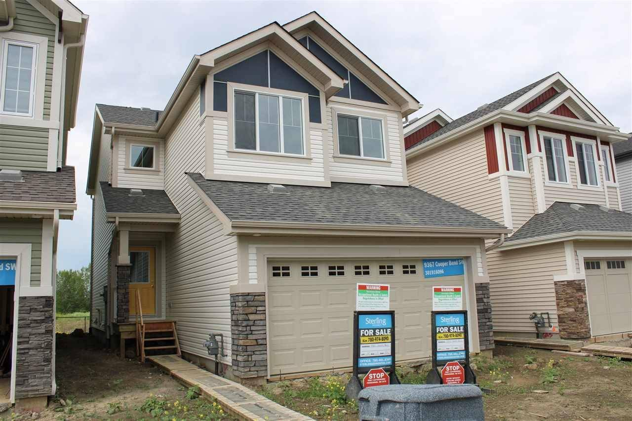 House for sale at 9367 Cooper Bn  Sw Edmonton Alberta - MLS: E4168148