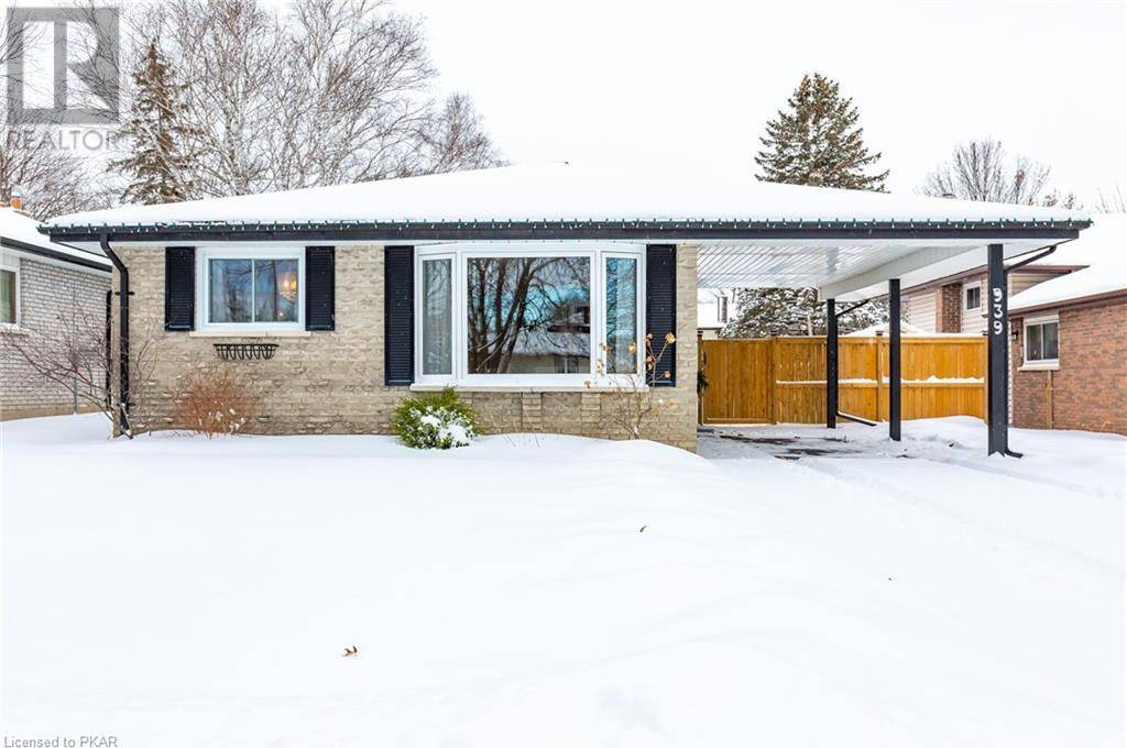 939 Southlawn Drive, Peterborough | Image 2