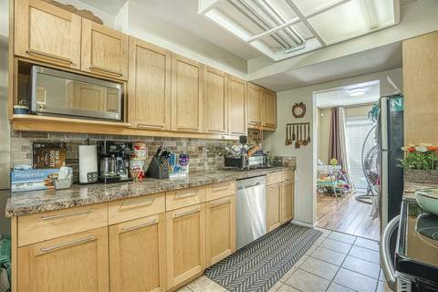 Townhouse for sale at 13880 74 Ave Unit 94 Surrey British Columbia - MLS: R2447817