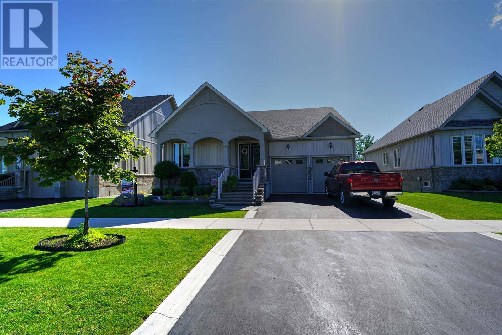 House for sale at 94 Country Club Dr Bath Ontario - MLS: K19004607