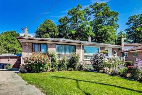 Townhouse for sale at 94 Greyabbey Tr Toronto Ontario - MLS: E4898313