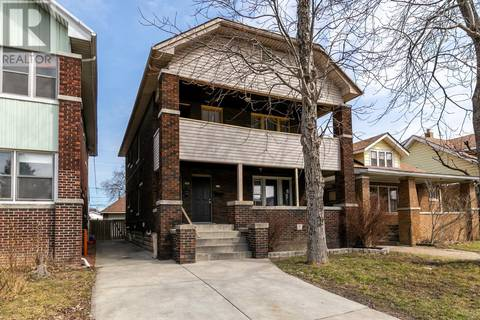 Townhouse for sale at 940 Parent  Windsor Ontario - MLS: 19015634