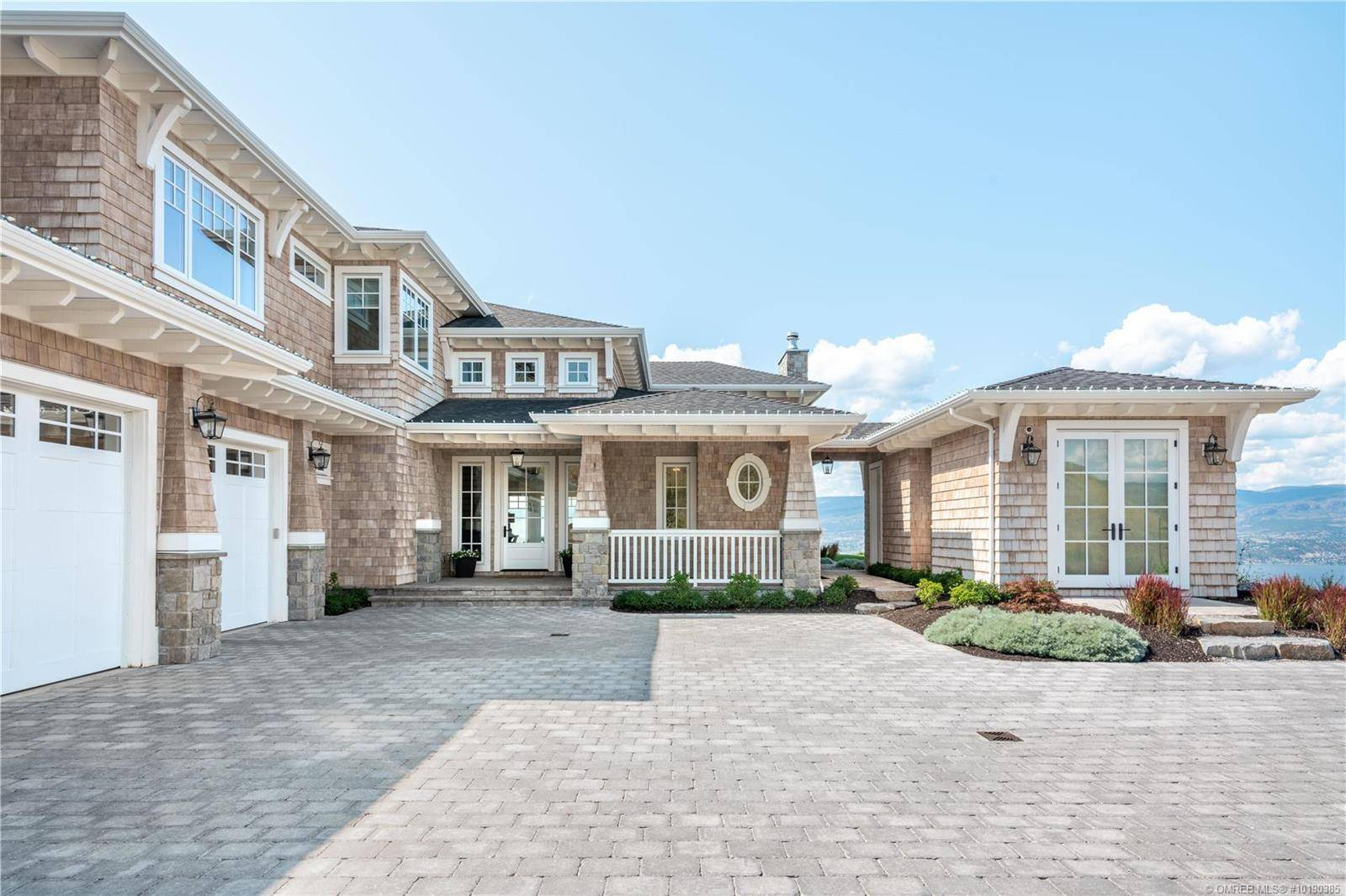 House for sale at 940 Lakecrest Ct Kelowna British Columbia - MLS: 10190385
