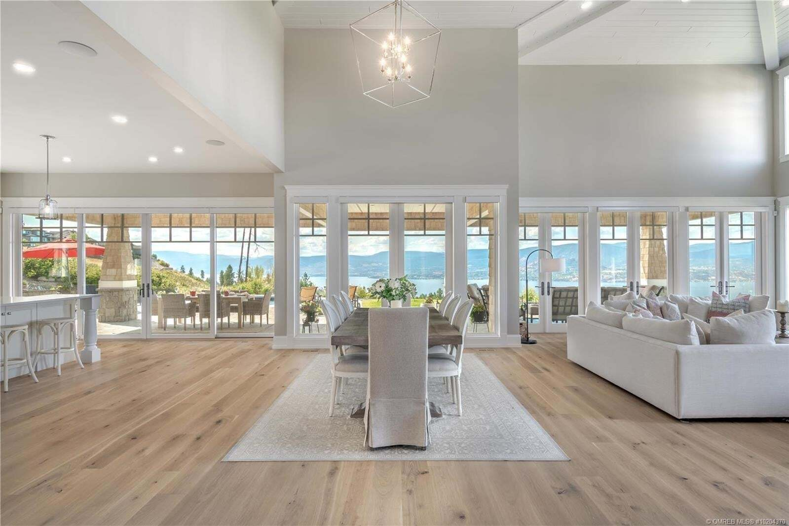 House for sale at 940 Lakecrest Ct Kelowna British Columbia - MLS: 10204370