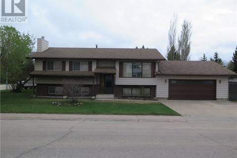 House for sale at 9401 63 Ave Grande Prairie Alberta - MLS: GP205471