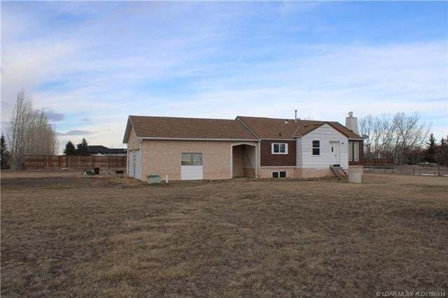 House for sale at 94032 Highway 843  Rural Lethbridge County Alberta - MLS: LD0186914