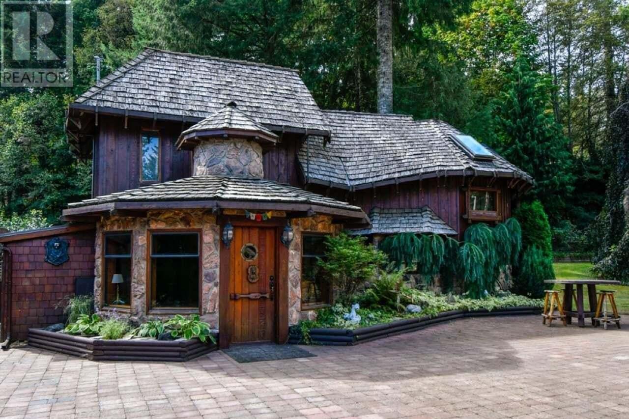 House for sale at 9408 Bracken  Black Creek British Columbia - MLS: 836723