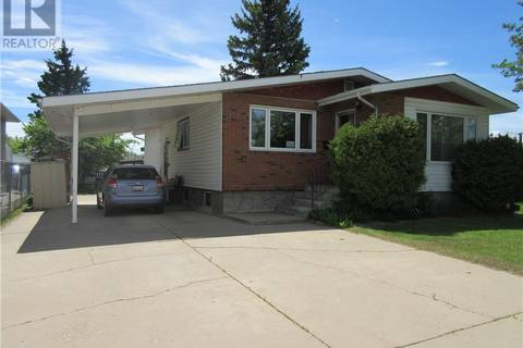 House for sale at 9409 103 Ave Grande Prairie Alberta - MLS: GP206129