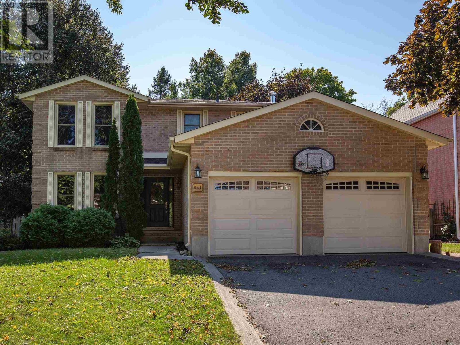 Removed: 941 Ambleside Crescent, Kingston, ON - Removed on 2018-11-02 06:21:04