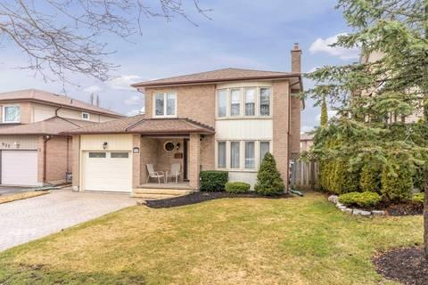 House for sale at 941 Roundelay Dr Oshawa Ontario - MLS: E4732799