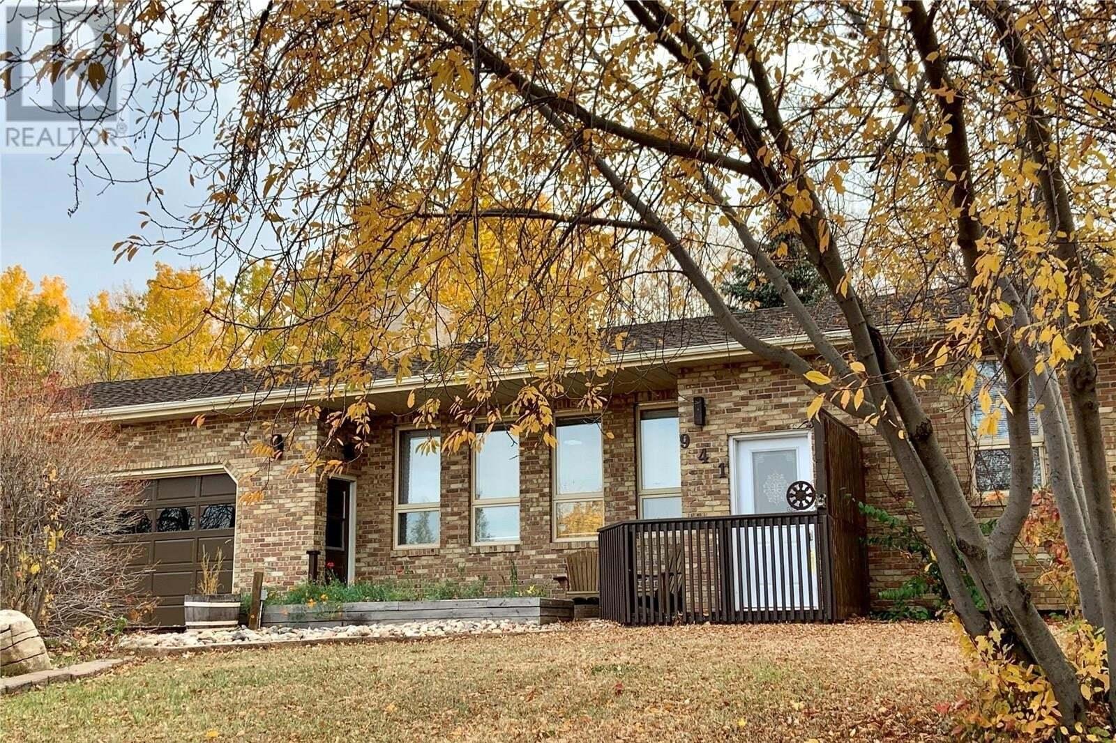 House for sale at 941 Woodland By Buena Vista Saskatchewan - MLS: SK830121