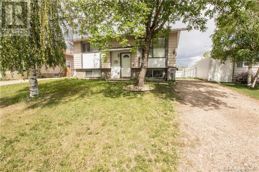 House for sale at 9410 83 Ave Grande Prairie Alberta - MLS: GP215171