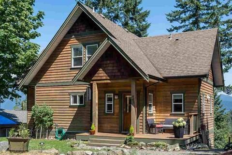 House for sale at 943 Rivendell Dr Bowen Island British Columbia - MLS: R2383025